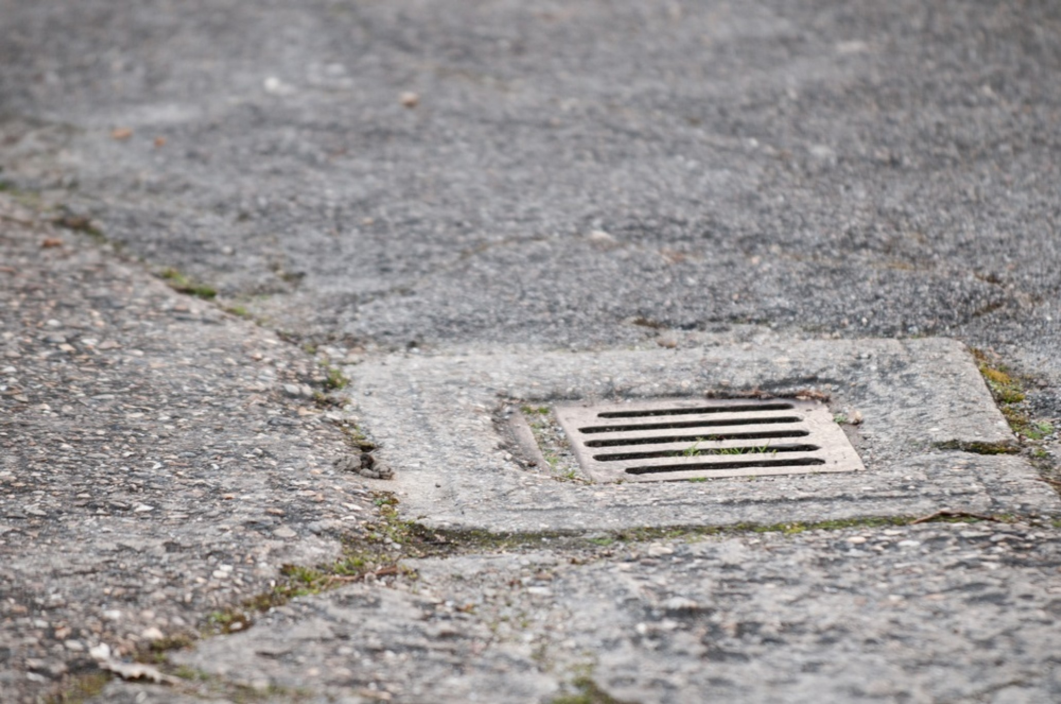 How to Unblock an Outside Drain in 6 Easy Steps | Homecure
